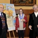 la campionessa tra Piero Rosa Salva,Presidente di Ve.La.(Dx) e Davide Rampello, Direttore Artistico del Carnevale di Venezia (Sx)